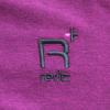 左胸に「reric PLUS」のロゴ刺繍